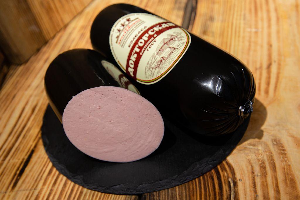 Докторская колбаса от компании Три Крестьянина